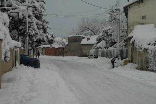 Marignane-sous-la-neige11.jpg